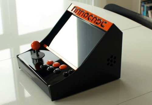 Turn Your Netbook Into An Arcade Cabinet