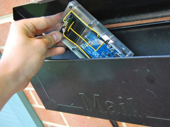 Build your own snail mail notifier