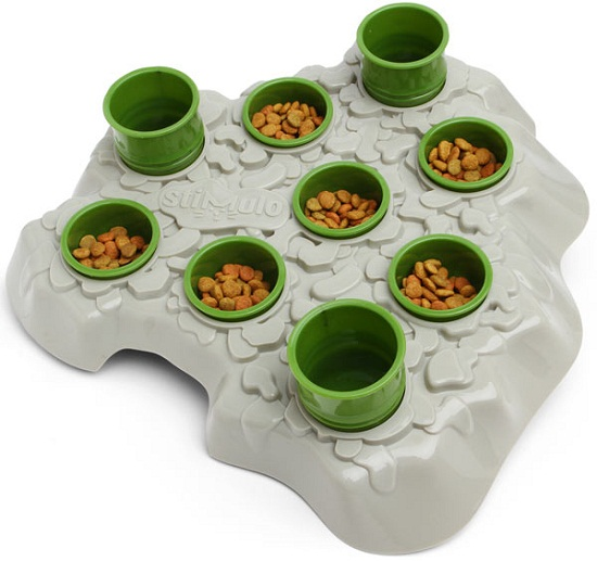Aikiou Cat Stimulo Feeding Station makes your cat work for its food