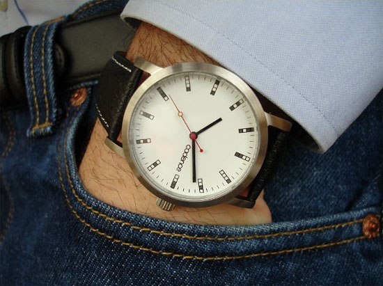 4-BIT Binary Watch is subtly geeky