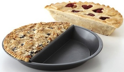 Split Decision Pie Pan gives you the best of both worlds