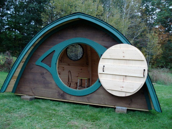 Hobbit Hole Playhouse is the closest you'll get to living in Hobbiton