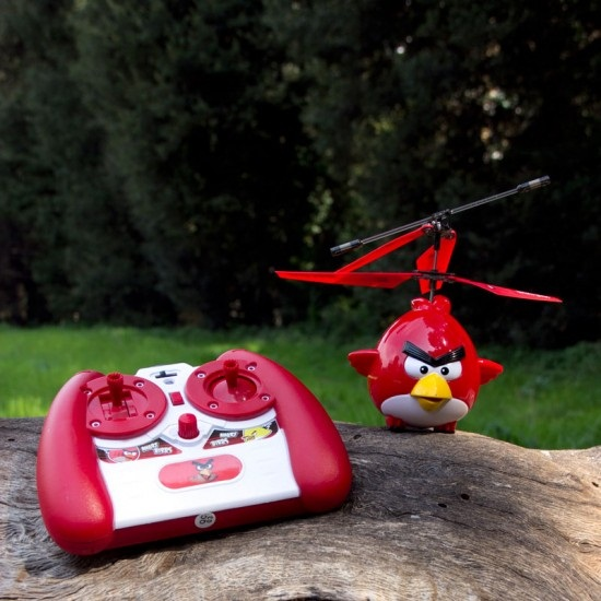 Angry Birds R/C Helicopter doesn't need a slingshot
