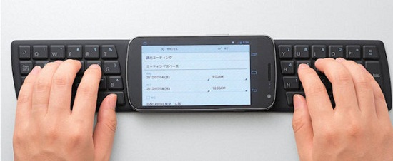 One2Touch NFC Keyboard makes your phone a mini-computer