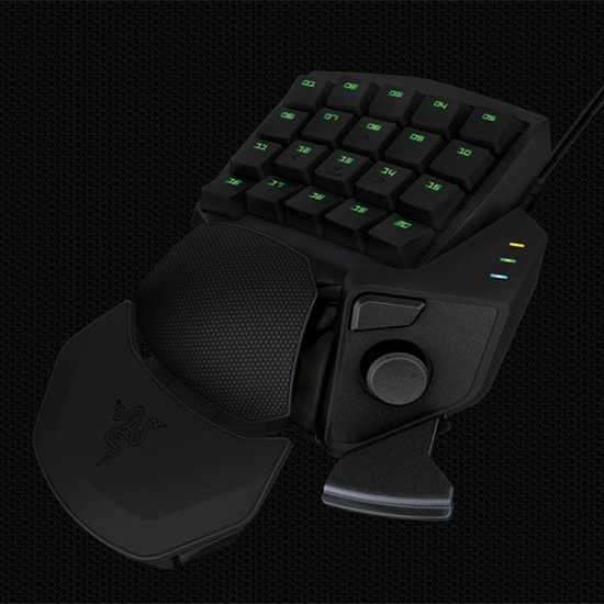 Razer Orbweaver mechanical gamepad might give you an unfair advantage in games