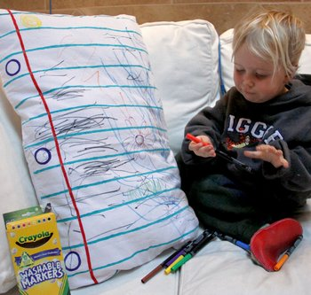 DIY Doodle Pillowcase – the ultimate middle of the night notepad?