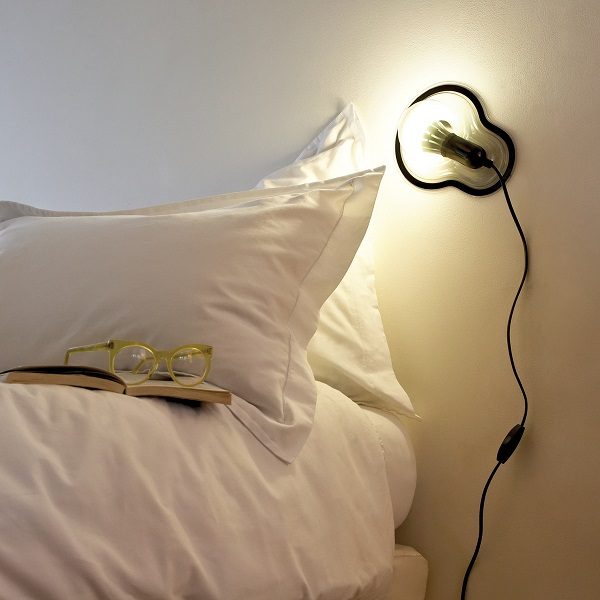 Sticky Lamp will make sure you don't have any wasted space