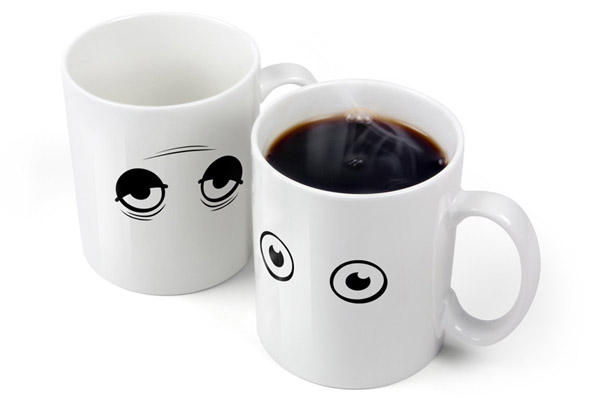 Fred and Friends Wake-Up Cup – The coffee cup that wakes up.