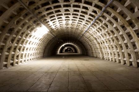 Londeners enjoy fresh produce grown underground