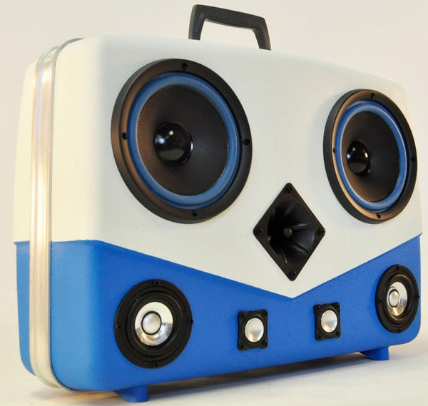 Case of Bass – these hand made portable sound systems laugh at your pathetic Bluetooth kittens