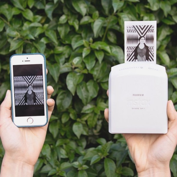 Instax Share SP-1 Smartphone Printer – print your smartphone pictures on the go