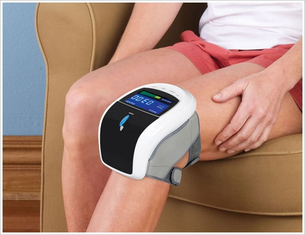 tripletherapykneepainreliever Triple Therapy Knee Pain Reliever   multi therapy device speeds your healing