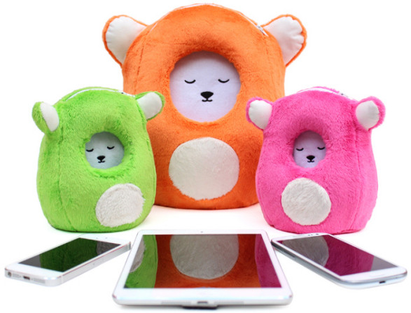 Ubooly Interactive Learning Toy – keeping little hands busy and phones safe