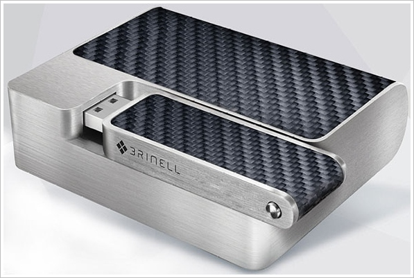 Brinnel Private Cloud – portable battery pack and WiFi data storage comes with a bit of German style