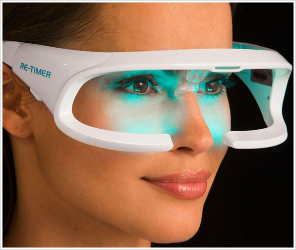 Re-Timer Light Therapy Glasses – new LED glasses reduce jet lag and winter blues after just 30 minutes use a day