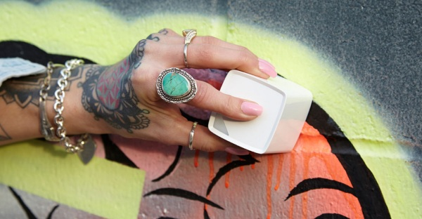 The SwatchMate Cube – capture the colors of your world to use in your design projects