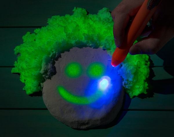 Glow in the Dark Sand in use