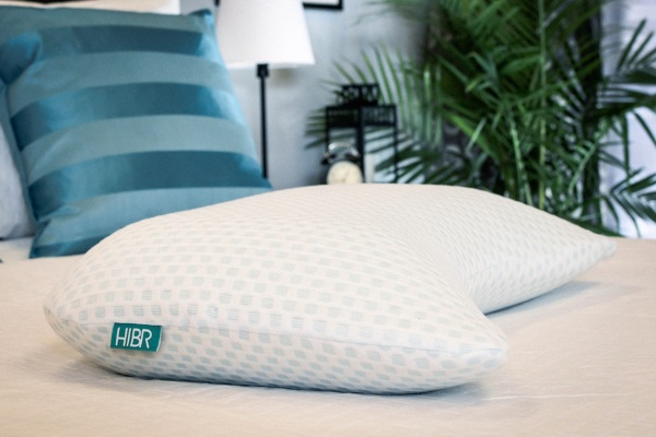 HIBR Pillows – the pillow with the permanent cool side