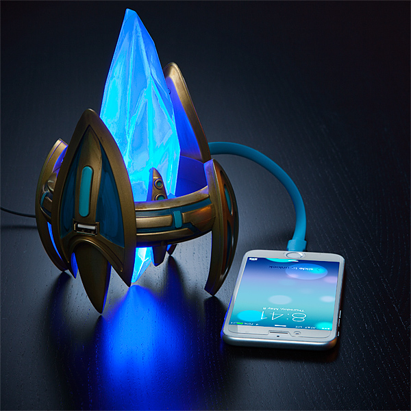 Starcraft Protoss Pylon USB Charger – don't let the Zerg win