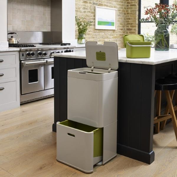 Totem Kitchen Bin – the bin with built in organization