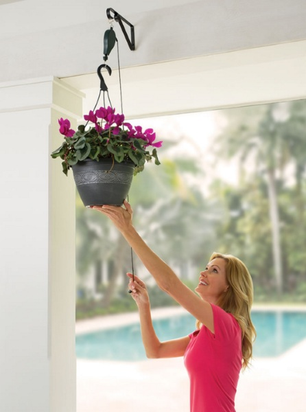 Planter and Birdfeeder Pulley System – take the work out of hanging decorations