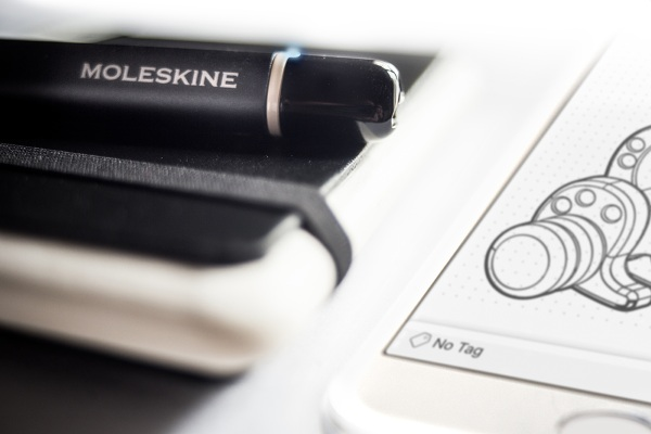 Smart Writing Set – take your notetaking digital with the classic Moleskin brand