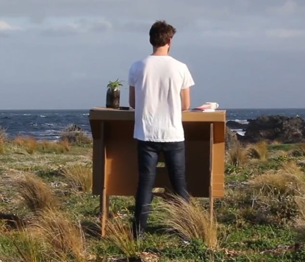 Refold – the completely portable standing desk