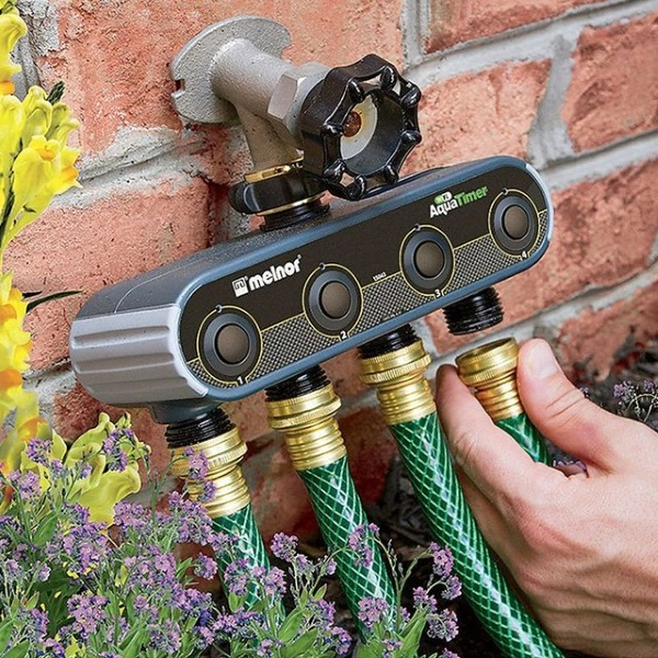 WiFi Garden Hose Aquatimer – make lawn care smarter with this gadget
