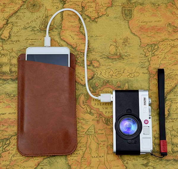 """REMAX Lycra Dual USB Power Bank – make sure your camera stays charged with this """"camera"""""""