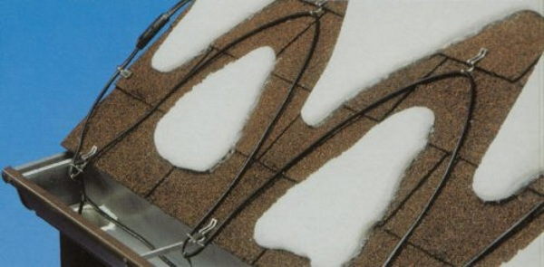 Easy Heat Roof Snow De-Icing Kit – stop snow from building it with these cables