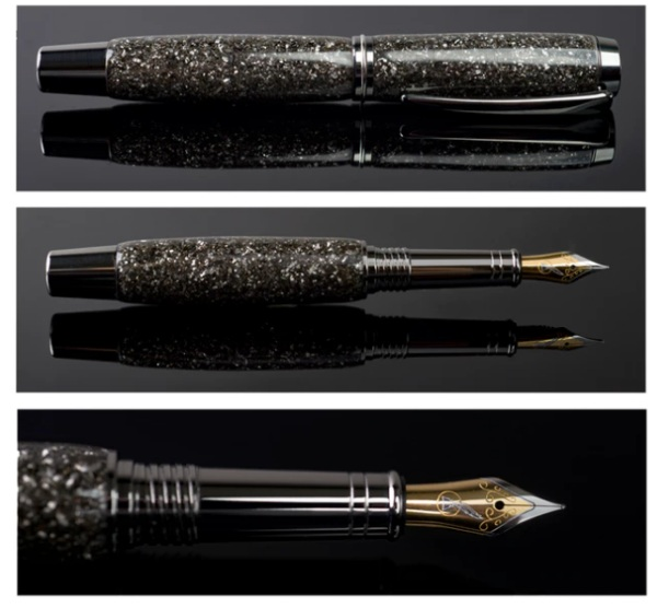 Meteorite Pen – check out this cool pen straight from outer space