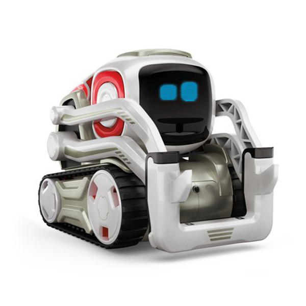 Cozmo – This Cute Little Robot is My New Best Friend!  [REVIEW]