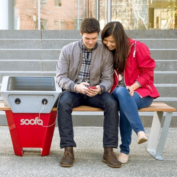 Soofa – check out this eco-friendly outdoor charging station
