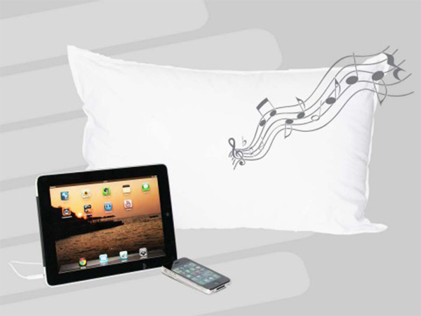DollarGadgets (EP.3): Sound Asleep Pillow – This Pillow Plays Music! [REVIEW]