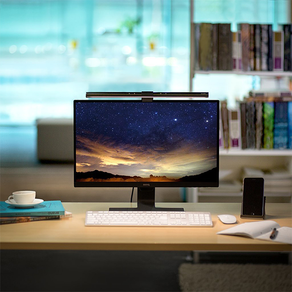 BenQ ScreenBar – The Only Desk-Lamp You Need? [REVIEW]