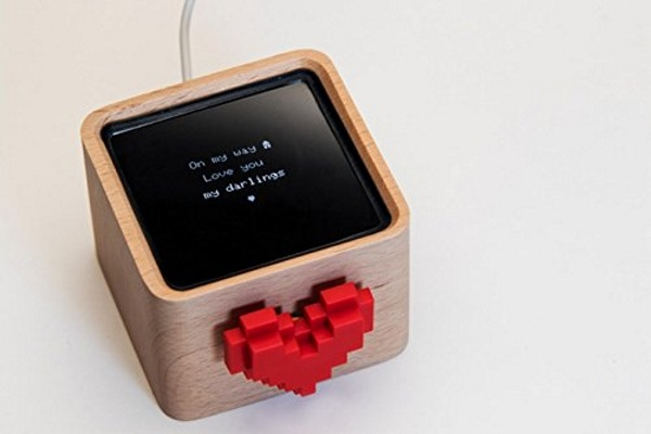 The Lovebox – send love notes electronically with this gadget