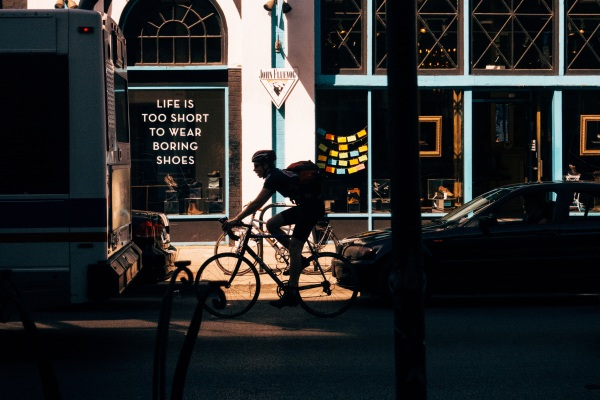 Car vs. Bike Calculator – how much can you save by swapping two wheels for four