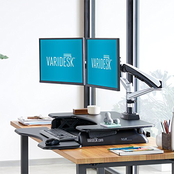 Varidesk Pro Plus 36 – You NEED to See this AMAZING Desk! [REVIEW]