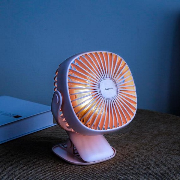 USB Rechargeable Desktop Fan – get a blast of air where you need it