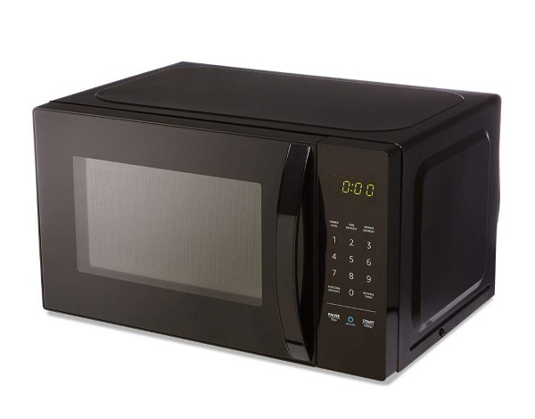 AmazonBasics Microwave – compatible with Alexa, but why?