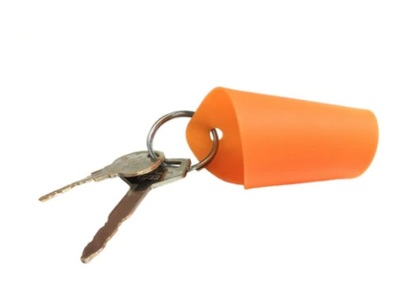 Gryp Keychain – keep your hands when opening doors