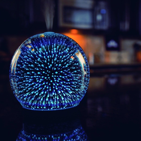 Galaxy Premium Ultrasonic Aromatherapy Oils Humidifier – sweet smells, sweet lights