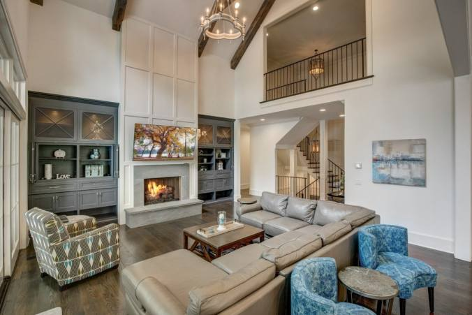 high-ceilings-feature