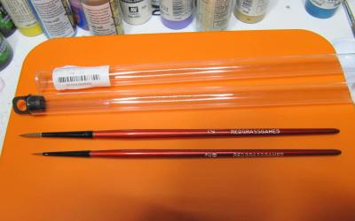 Review : Brushes for miniature painting by Roolz EN/FR