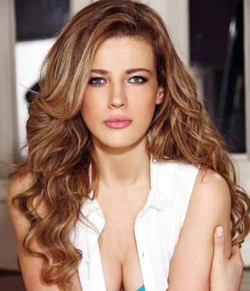 The perfect sun kissed bronde