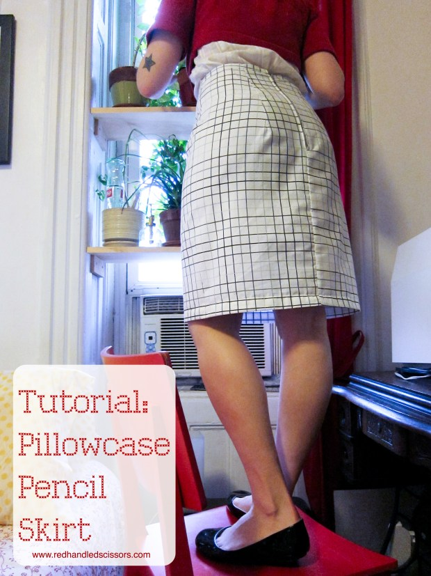 Tutorial: Pillowcase Pencil Skirt: Check it out, ladies: a pillowcase that you can totally wear to the office!