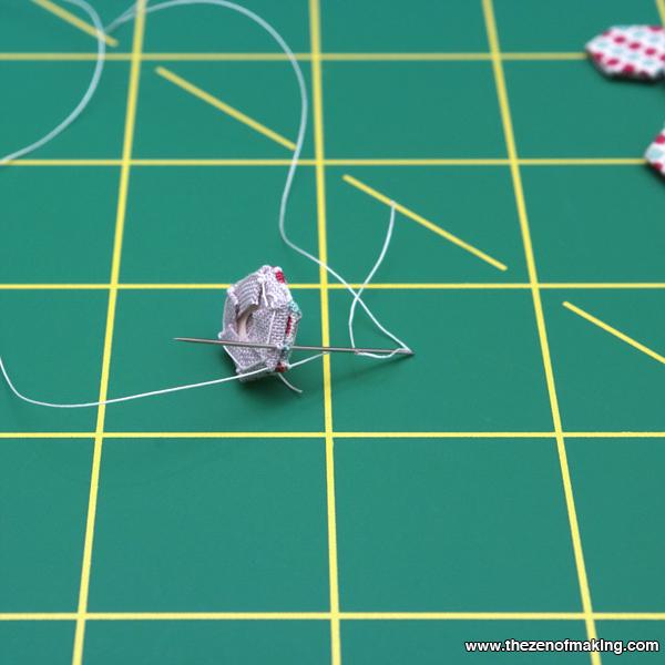 Tutorial: Mini Hexie Necklace | Red-Handled Scissors
