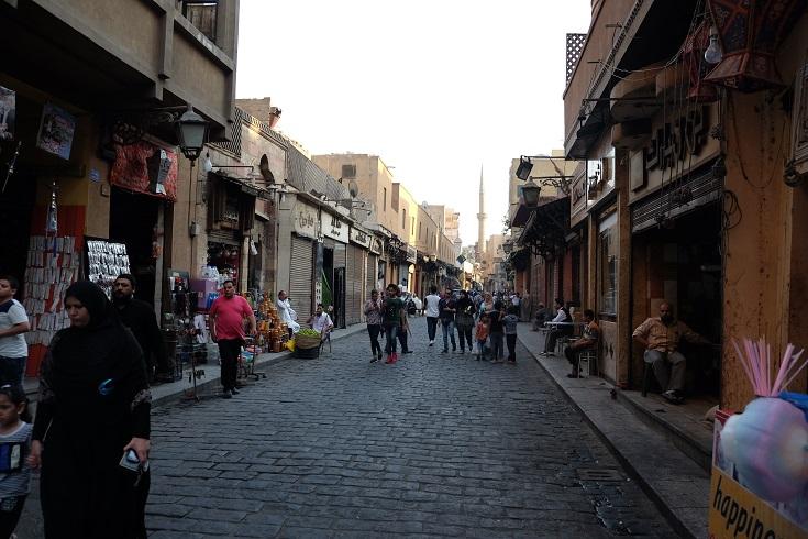 muizz-street-always-crowded