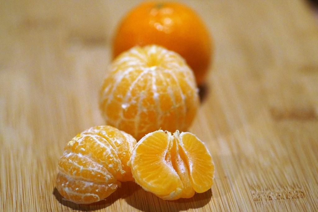 Ilustrasi buah jeruk keprok