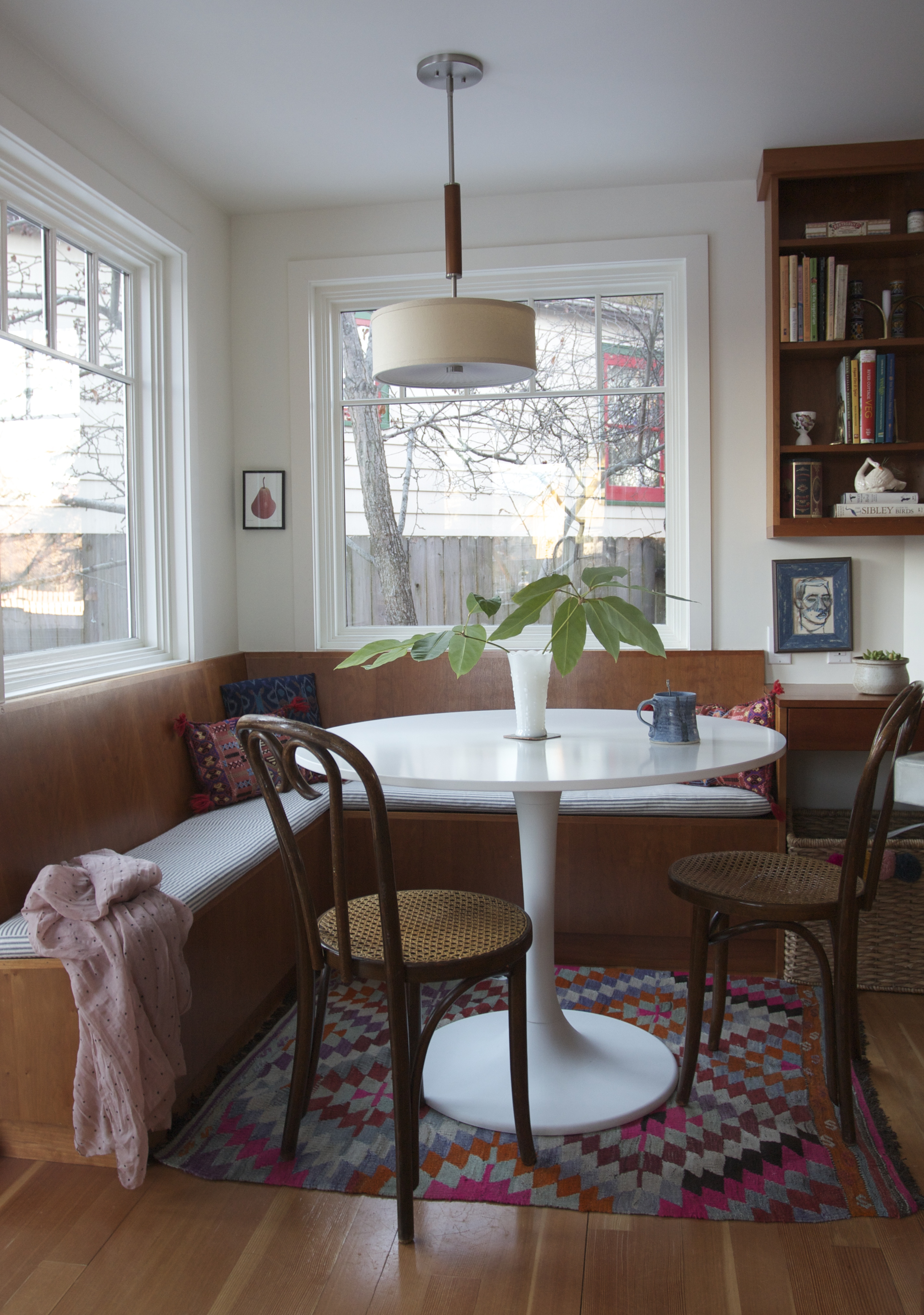 Mera S House The Breakfast Nook Reveal 2 Ways Red
